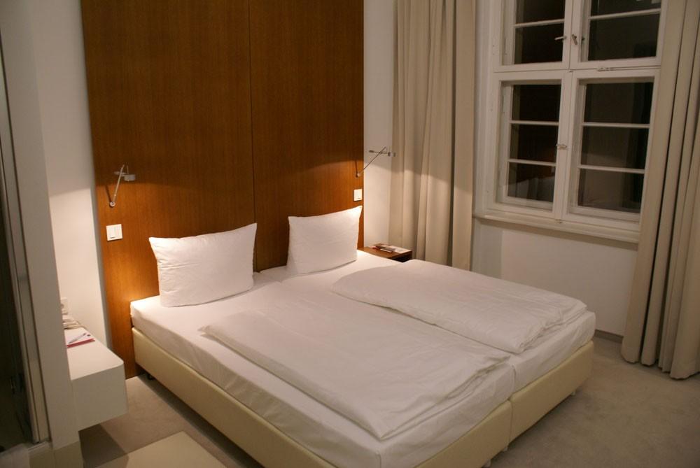 Rooms: ECNP CONGRESS