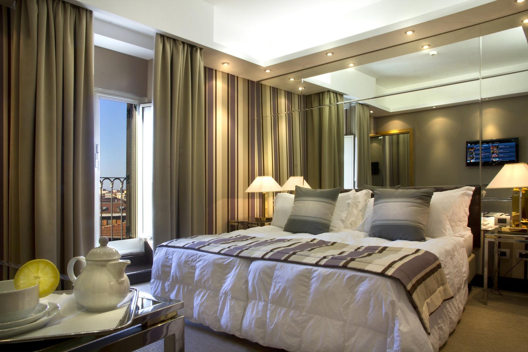 Hotel Roma Termini, i nærheten av Colosseum. Radisson Blu es. Hotel, Roma